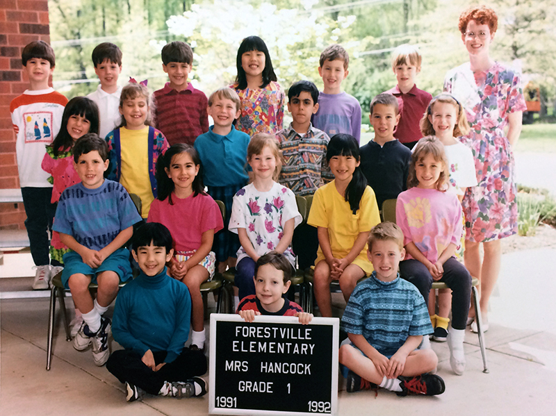 Mrs. Hancock's class portrait from the 1991 to 1992 school year. 20 students and one teacher are shown.
